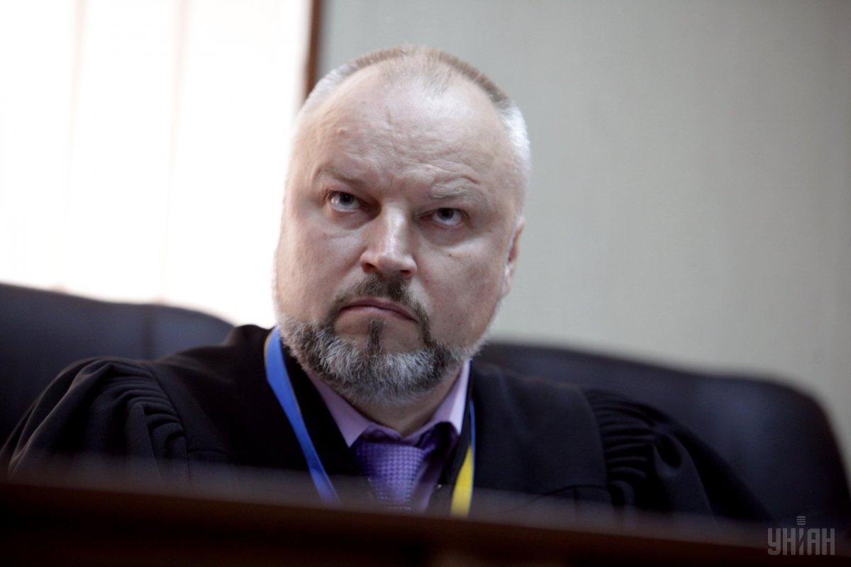 У Києві побили суддю, який веде справу про вбивства людей ...
