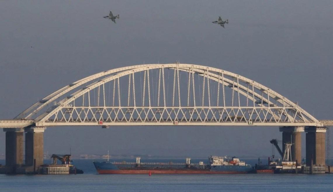 На украинских моряков россияне напали 25 ноября 2018 года / фото REUTERS