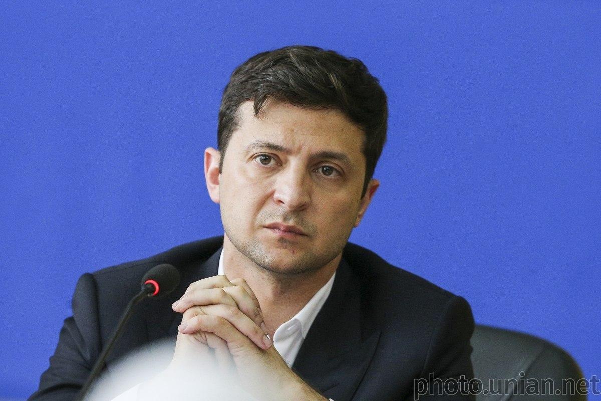 СМИ назвали страны, где Зеленский хочет поменять послов ...