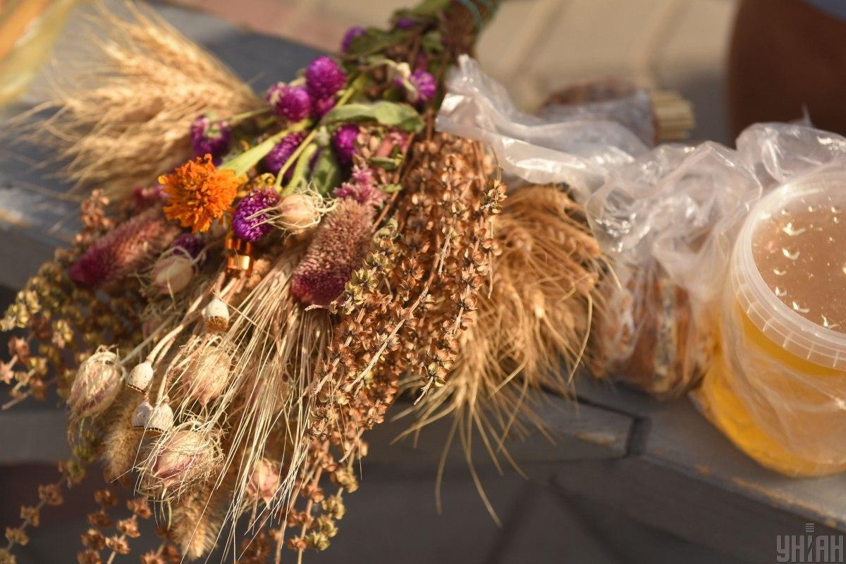 У серпні церква святкує кілька Спасів - Медовий, Яблучний і Горіховий / фото УНІАН
