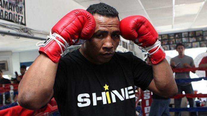Mayorga got a few fractures / photo: BoxingScene
