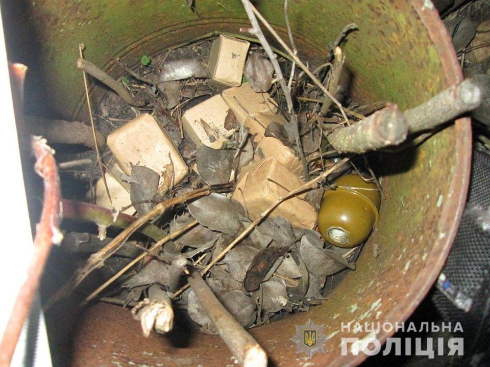 Под Киевом парень взорвал гранату отчима, а для врачей ...