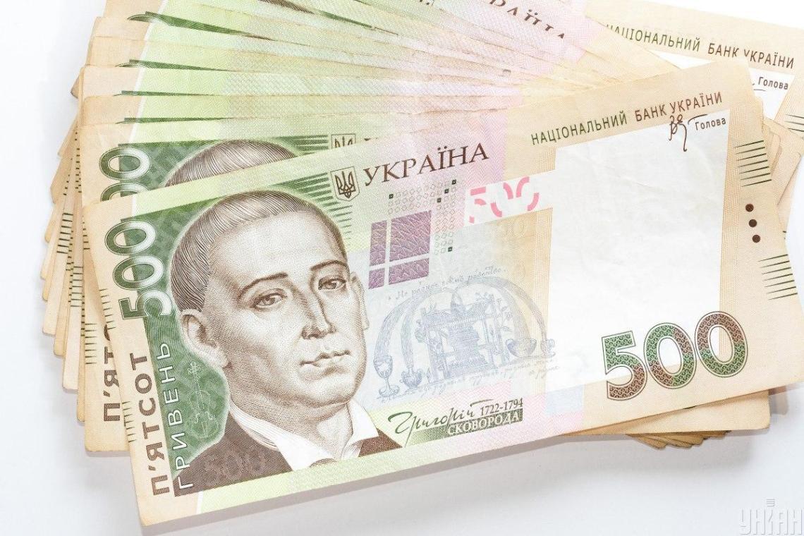 С января следующего года врачи получат надбавку к зарплате 5 тысяч гривень / фото УНИАН