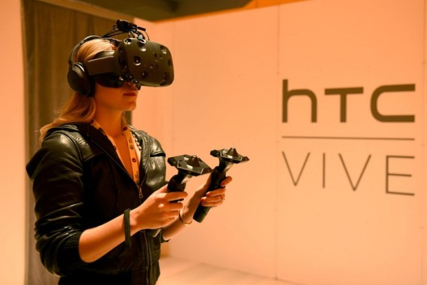 HTC Vive 2 Release Date, Latest News: HTC Vive 2 Delayed; HTC Vive Getting A Wireless Functionality Upgrade
