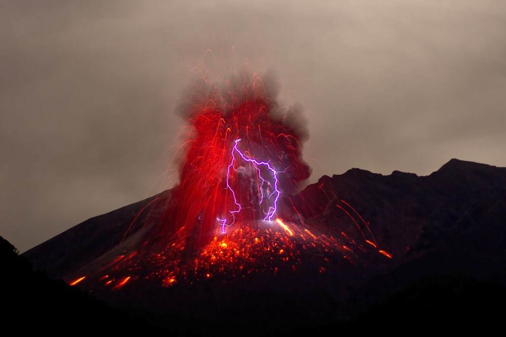 100 Volcano Pictures | Download Free Images on Unsplash