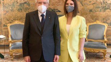 Laura Pausini, i complimenti di Sergio Mattarella dopo gli Oscar
