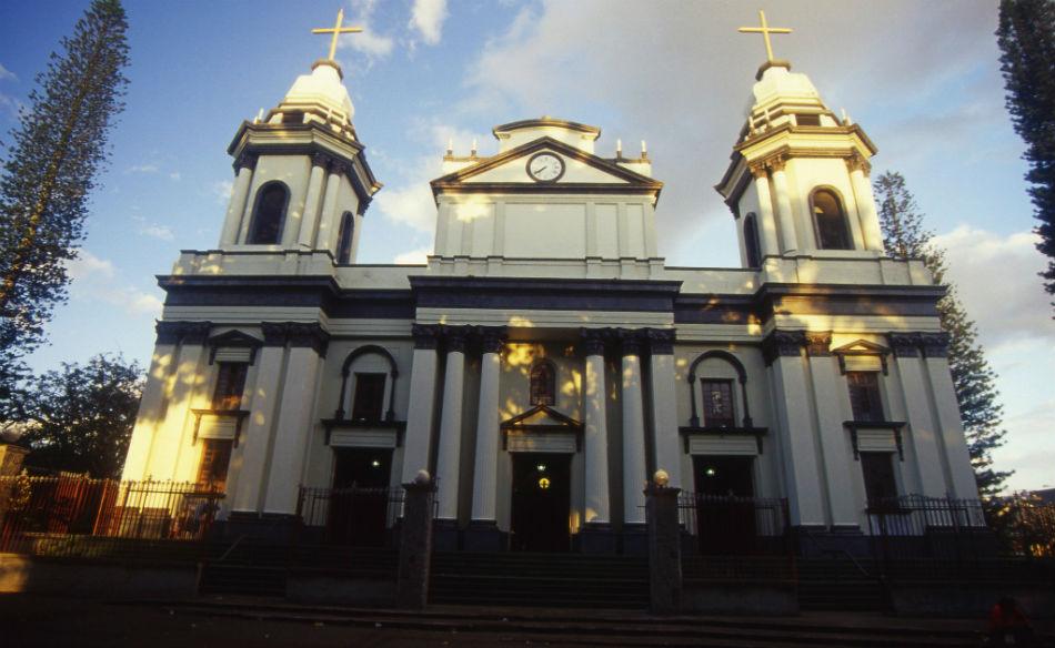 Resultado de imagen para catedral alajuela costa rica