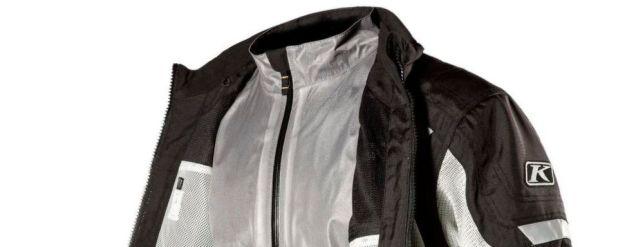 Die Jacken Induction und Apex Air bestehen aus Klim Karbonite Mesh, einem luftdurchlässigen und widerstandsfähigen Karbon/Nylon-Netz-Gewebe.
