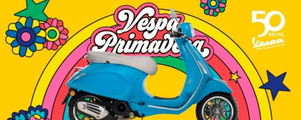 """Die Vespa Primavera und die Vespa Sprint gehen laut Hersteller ab sofort mit neuester """"iGet-Technologie"""" an den Start."""
