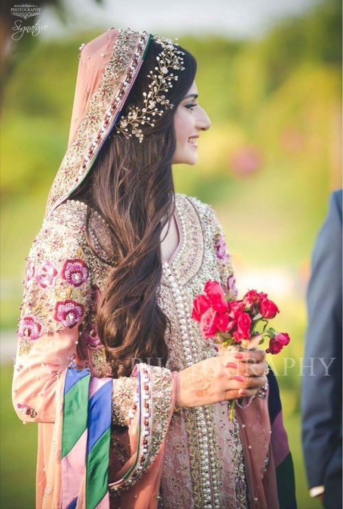6 Hairstyle Ideas We Can Emulate From Pakistani Brides