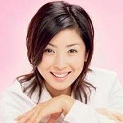 Hitomi Kuroki Photo Gallery