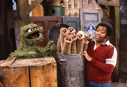 The World Of Oscar S Trash Can The Muppet Mindset