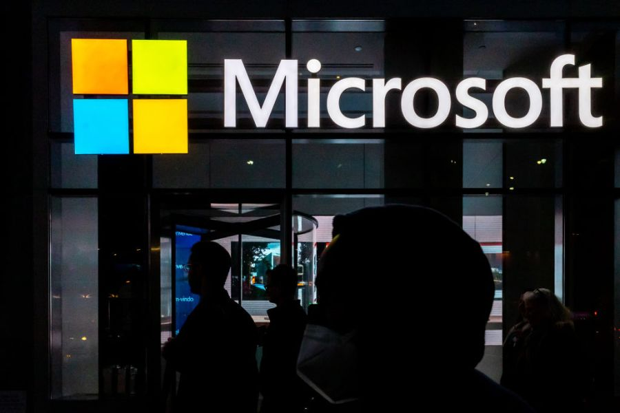 Microsoft (Photo by Jeenah Moon/Getty Images)