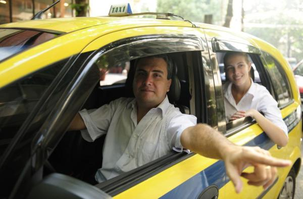 How Do I Become a Taxi Driver? (with pictures)