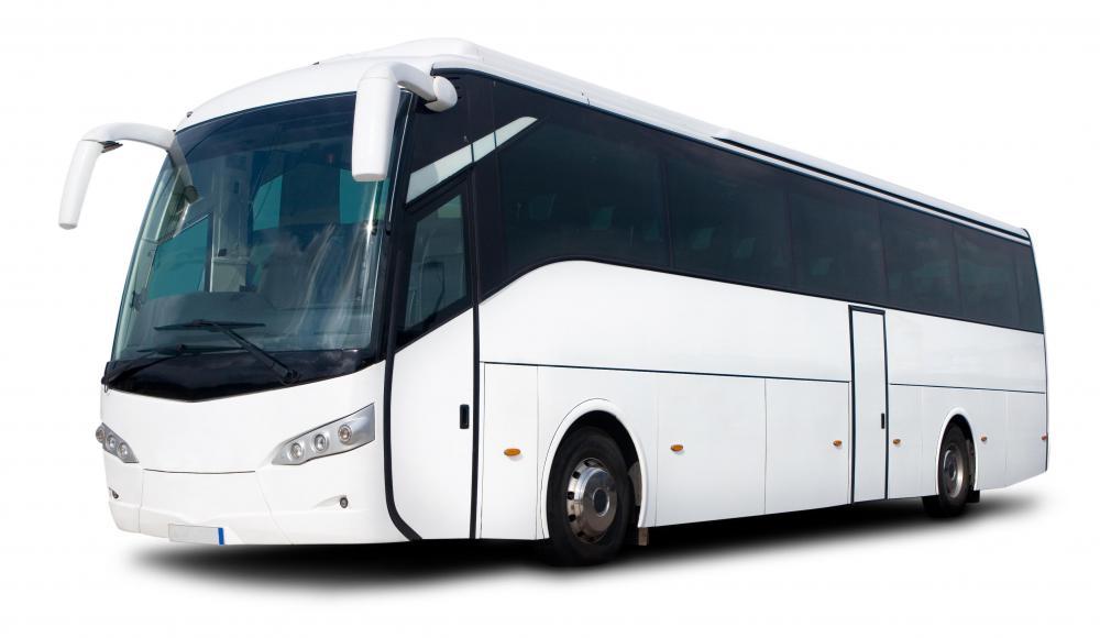 https://i1.wp.com/images.wisegeek.com/white-coach-bus-on-white-background.jpg