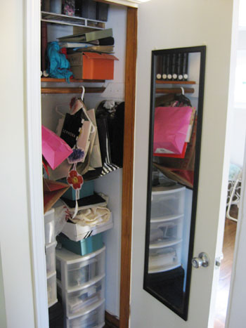 In Fact The Whole Closet Looks Pretty Great  Especially Considering That It  Look Like This A Few Short Days Earlier: