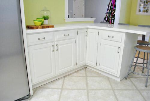 paint kitchen cabinets peninsula
