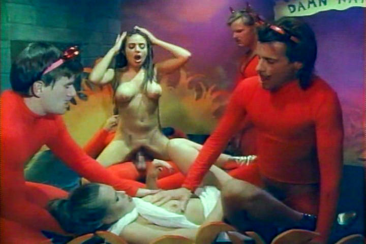Sex Freaks, Scene #03