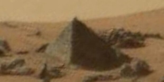 Mars-Rover entdeckt Pyramide