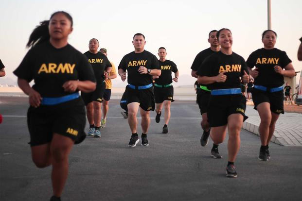 Soldiers of the 1-294th Infantry Regiment, Guam Army National Guard, start the two-mile run portion of a diagnostic Army Combat Fitness Test in Sharm el-Sheik, Egypt on September 10, 2019. (U.S. Army/Capt. Mark Scott)
