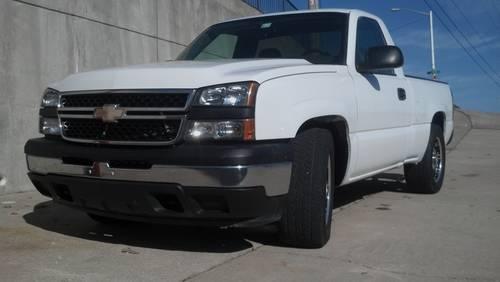 07 Chevy Silverado Short Bed Regular Cab Great Truck For