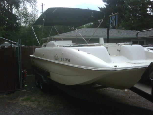 2001 Rinker Flotilla Tri Hull Fiberglass Deck Boat For Sale In Baring Washington Classified