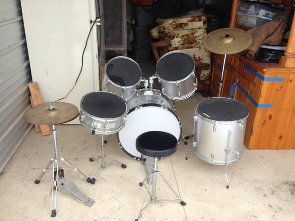 5 piece Remo Enforcer drum set   for Sale in Warners  New York     5 piece Remo Enforcer drum set    500