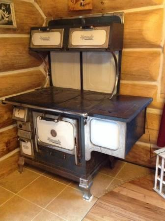 Antique Monarch Wood Stove In Good Working Order 30 Years Old