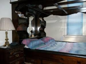California King Bed With Mirror Canopy Dresser Amp Hutch Irondequoit For Sale In Rochester