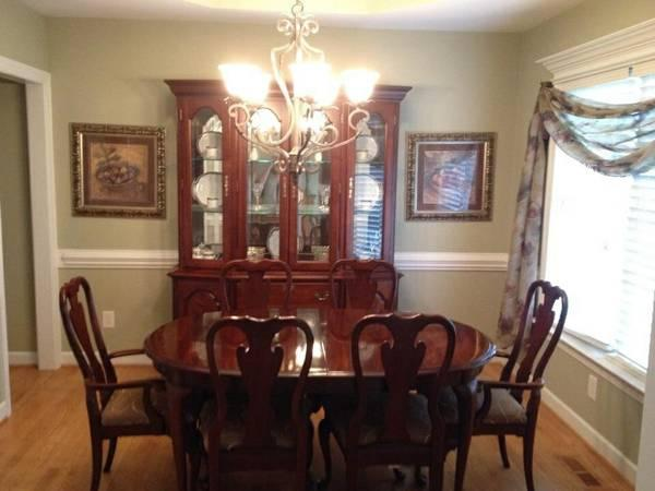Cherry Dining Room Set For Sale In Archers Lodge North Carolina Classified