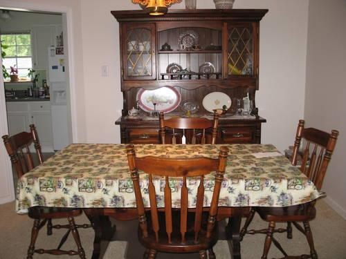Dining Room Suite Knotty Pine Veneer W Early American