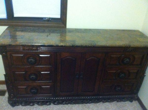 Bedroom Furniture Sets with Granite Tops