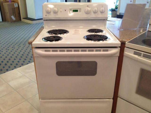 GE White Electric Range Stove Oven USED For Sale In