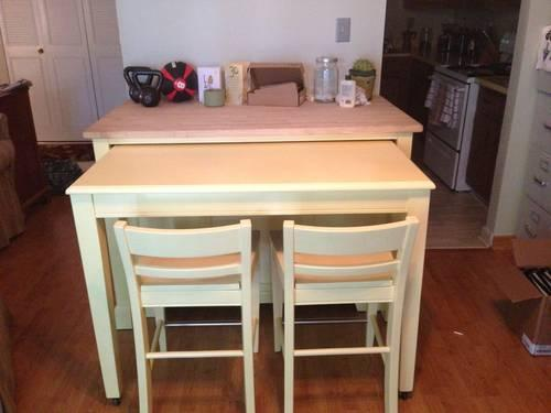 Kitchen Island/Table With Chairs For Sale In Pittsburgh