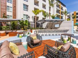 Elan Huntington Beach Apartments