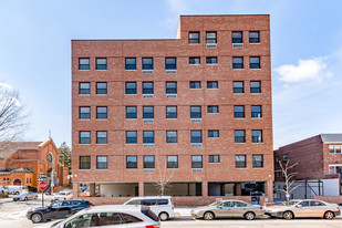 1701 Parkview Ave Apartments