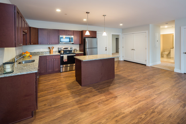 Station Place At Wilton Apartments Apartments
