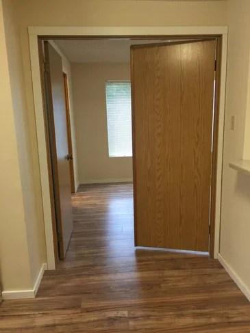 Rosecrest Apartments Apartments - Kirkland, WA ... on Rentals In Kirkland Wa id=69241