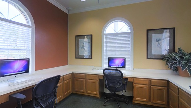 Business Center Tgm Bermuda Island