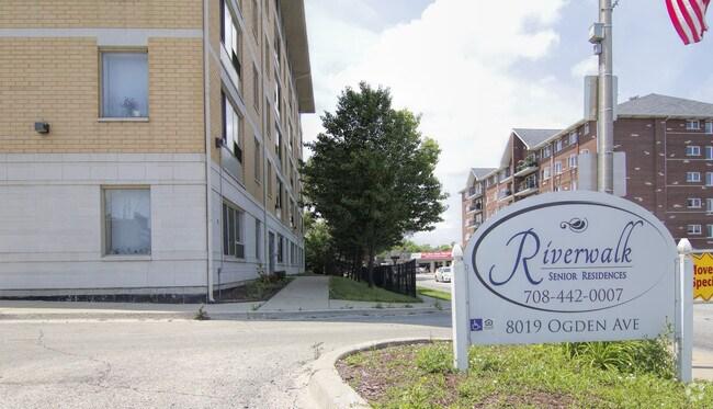 Riverwalk Senior Residences Rentals Lyons Il