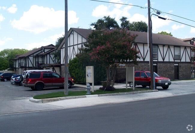 Amber Square Rentals San Antonio Tx Apartments Com