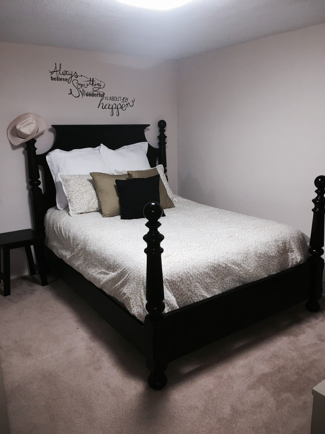 Master Bedroom 307 S Corl St