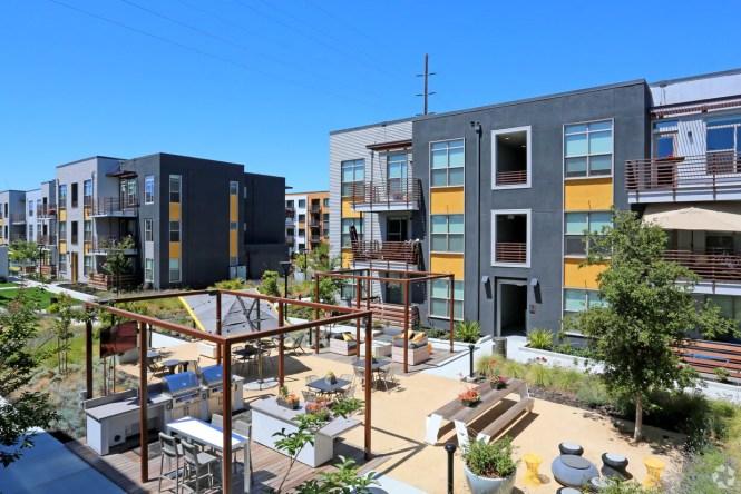 Elan Menlo Park Apartments