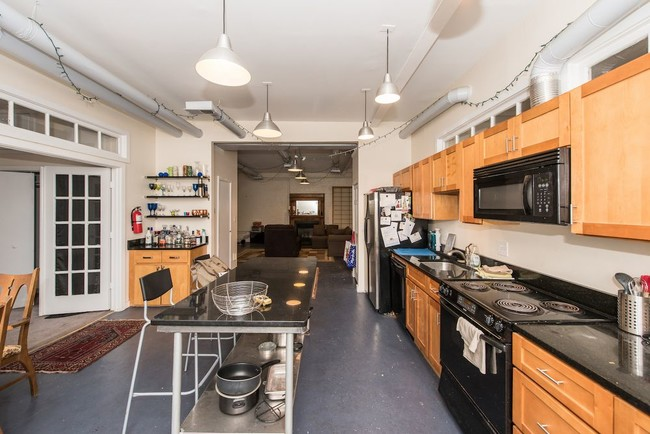 Building Photo Warehouse Loft E In Bloomingdale