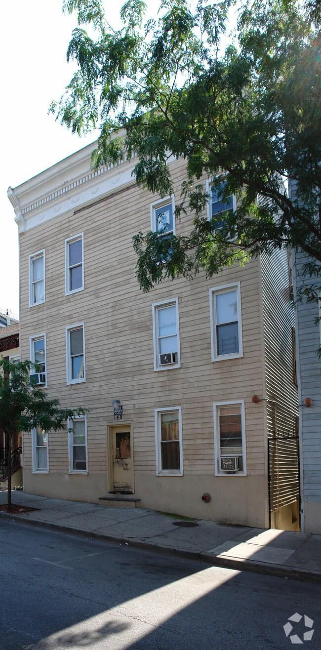 House City Grove Rent