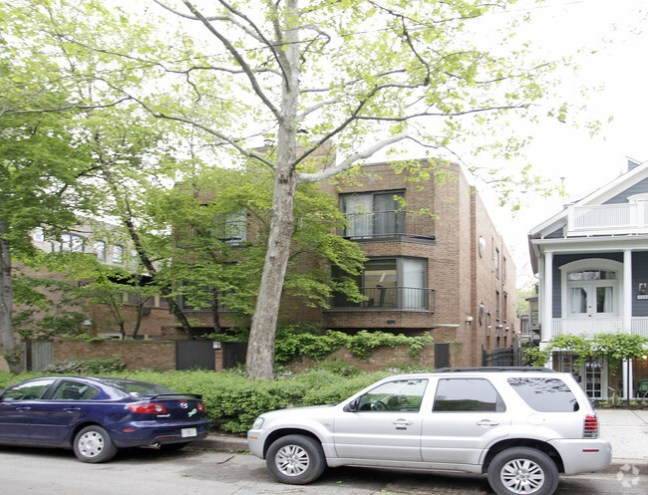 Apartments For Sale In Chicago Lincoln Park