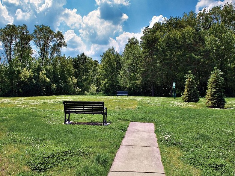 Willow Bend Apartments Rentals Rolling Meadows IL