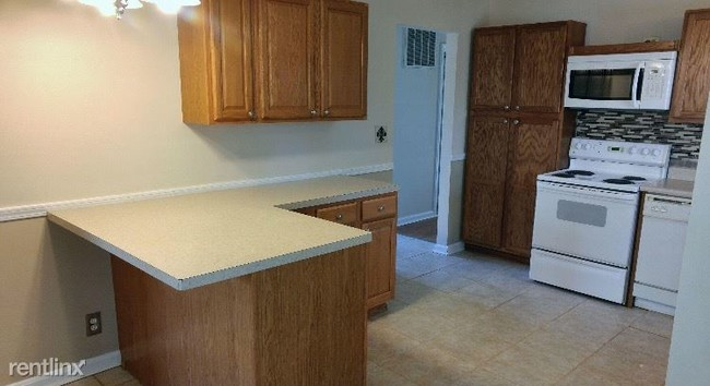 Image Result For Apartments For Rent Near Me That Take Section