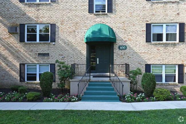 Building Photo Melrose Place Apartments