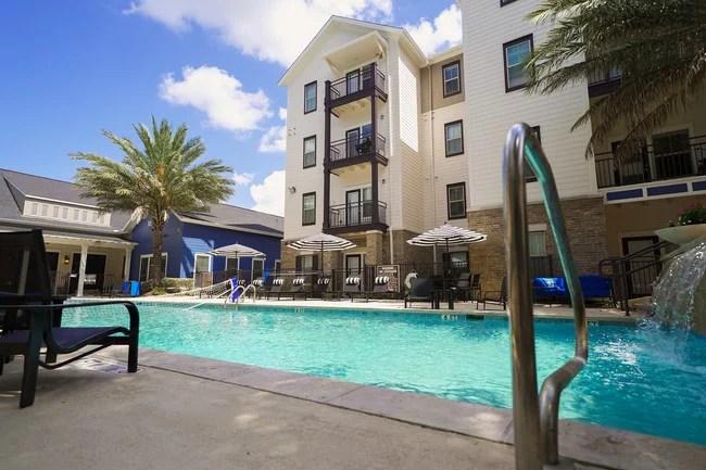 Avalon Place Apartments San Antonio Tx Apartments Com